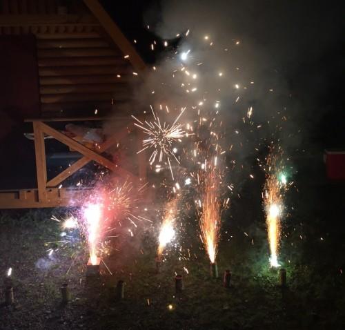 キャンプ 花火